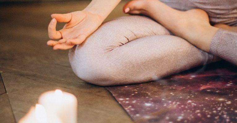 Comment pratiquer la méditation à la bougie